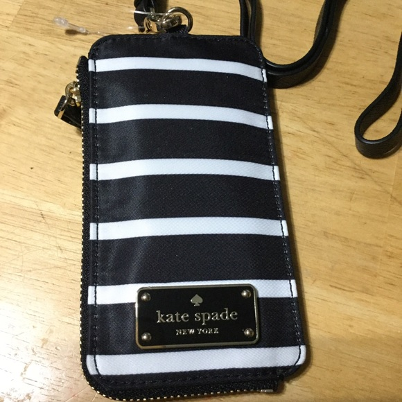 kate spade Accessories - 🎉🎉FINAL PRICE DROP, PRICE IS FIRM, NO OFFERS🎉🎉